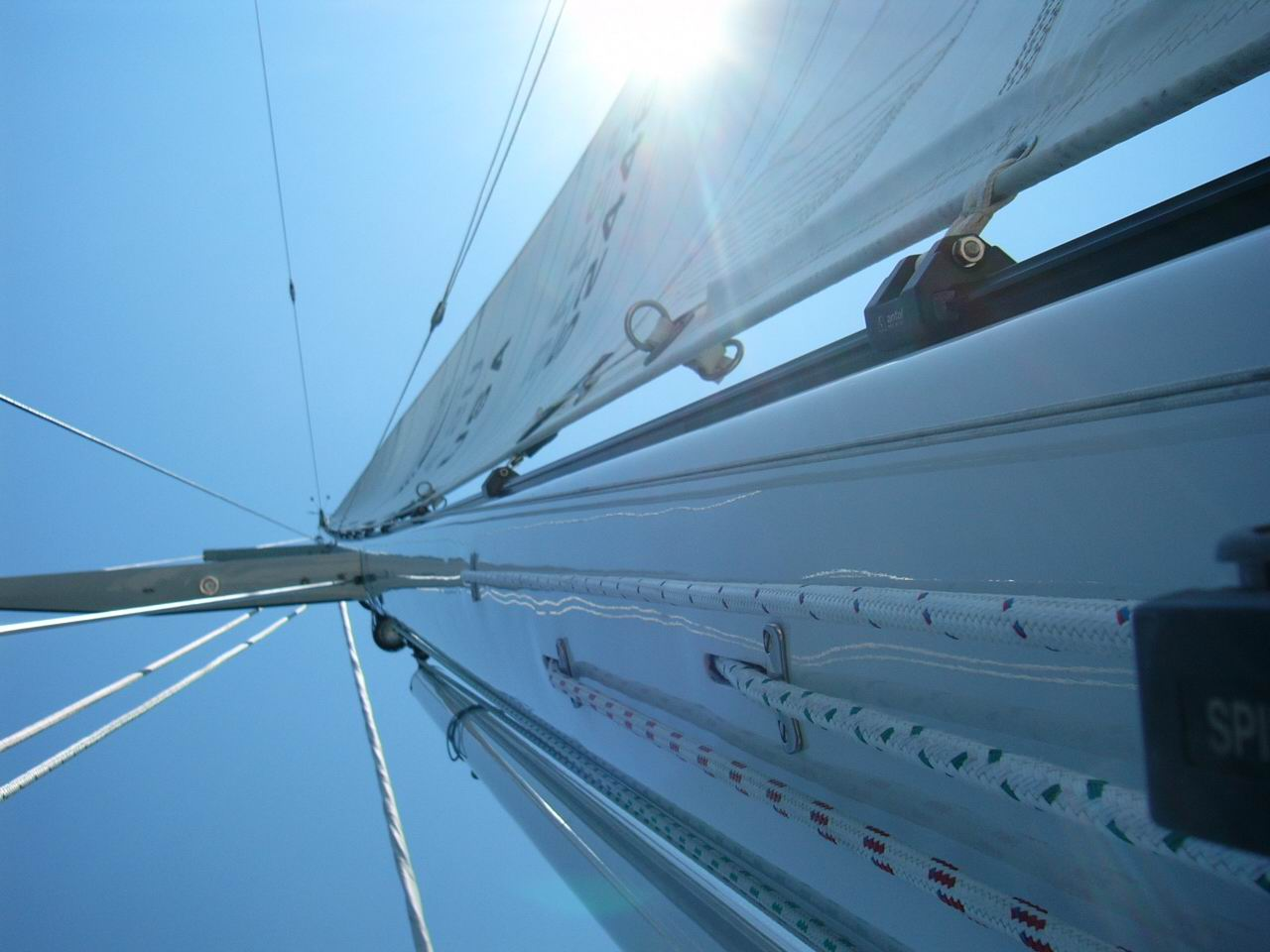 This will give some idea of the idea behind sighting up the spar to determine mast bend.