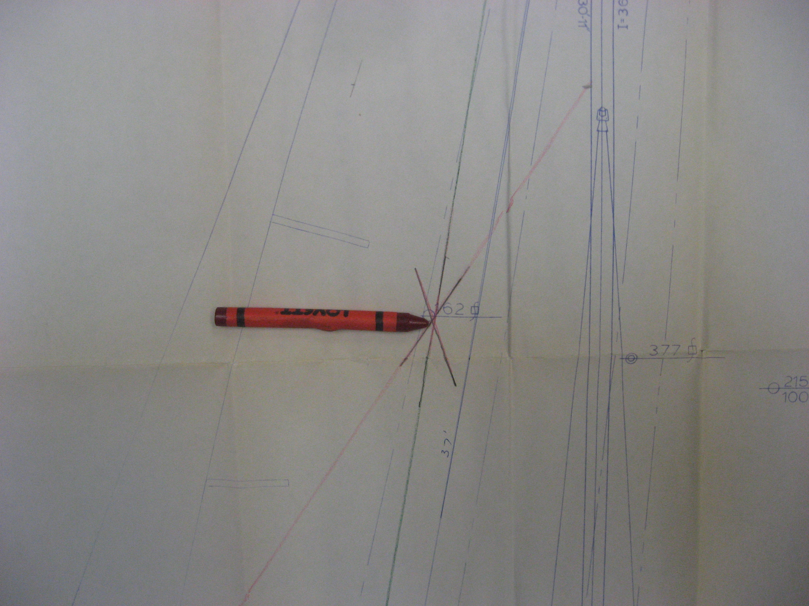 the intersections of the pencil lines is the Center of Effort of this sail